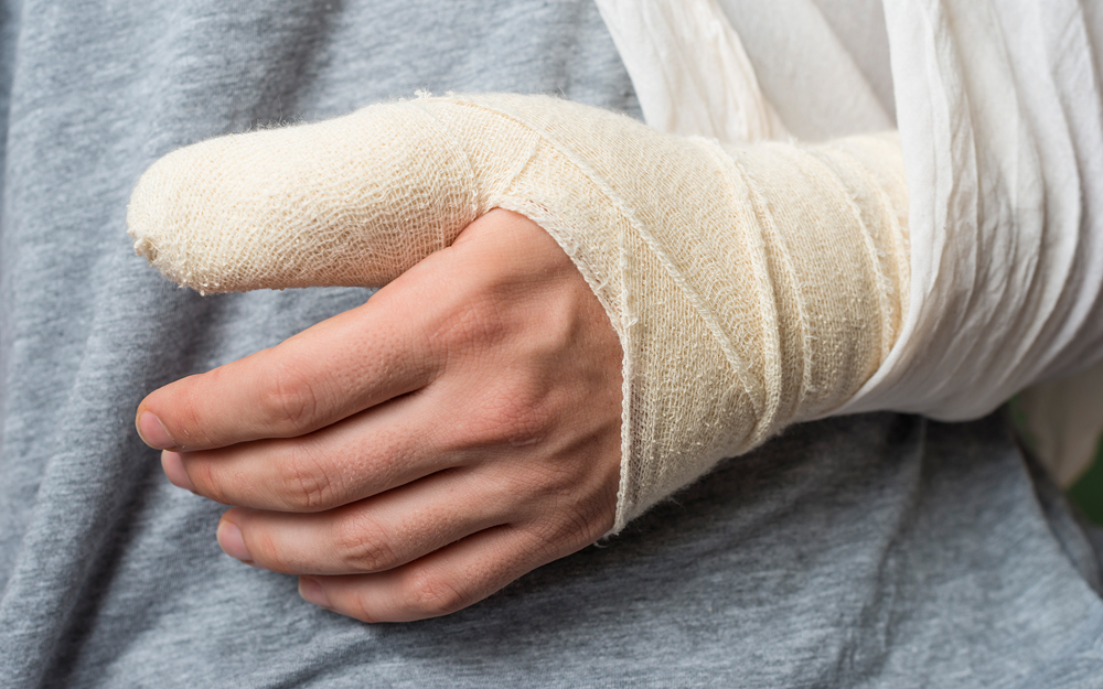 sports, thumb, ulnar collateral ligament, injury, surgery